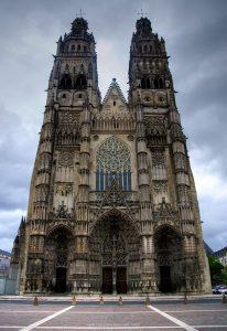 cathedrale saint gratien tour